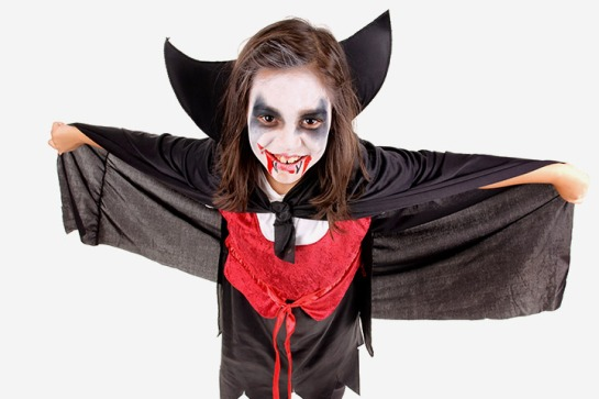 Halloween 2017: Your Costume Guide Vampire